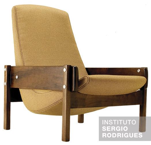 Vronka  armchair created by Sergio Rodrigues in 1962 with legs and arms made out of solid hardwood.  sc 1 st  Instituto Sergio Rodrigues & Armchairs chairs and tables - some of the icons of Sergiou0027s work ...