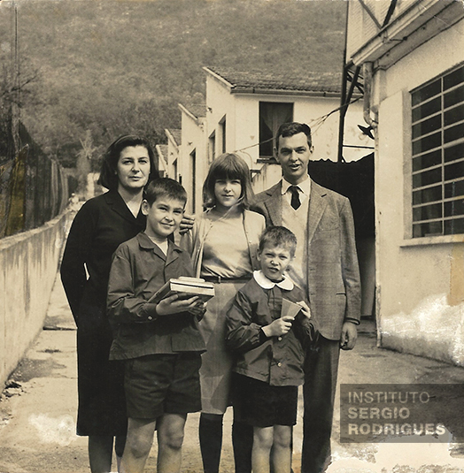 From right to left, Carlo Hauner, Franca Hauner and their kids, in Brescia, Italy, in the 1960s.