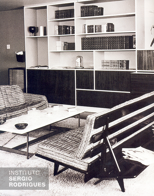 Photograph of the inside of a residence with a Hauner sofa, in the 1960s.